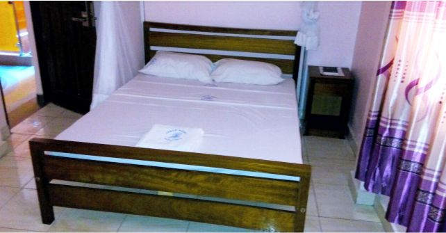 Standard Single Bed